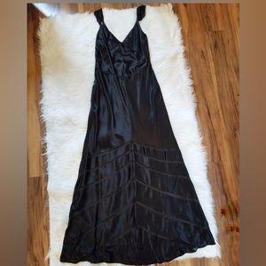 Papell Boutique Black Silk Long Bias Cut Gown 12
